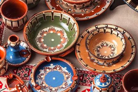ブルガリア トロヤン食器